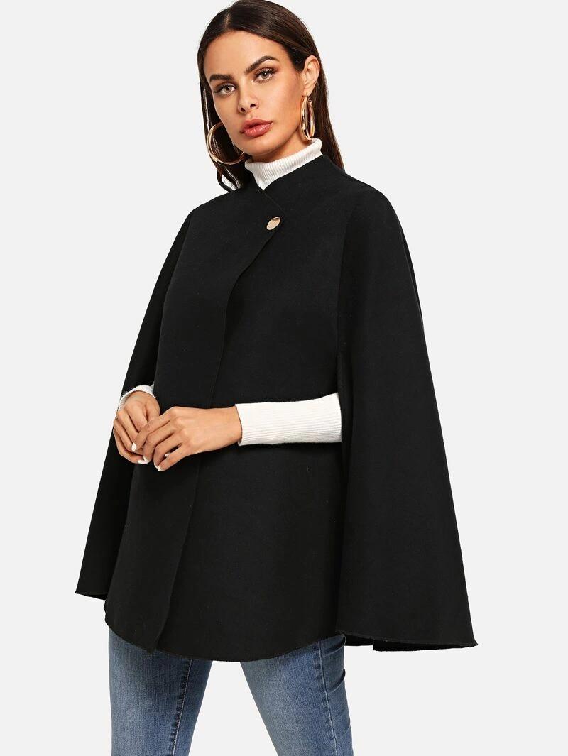 abrigo en forma de capa